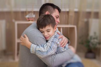 Ayah, Jangan Lakukan 5 Hal Ini pada Anak