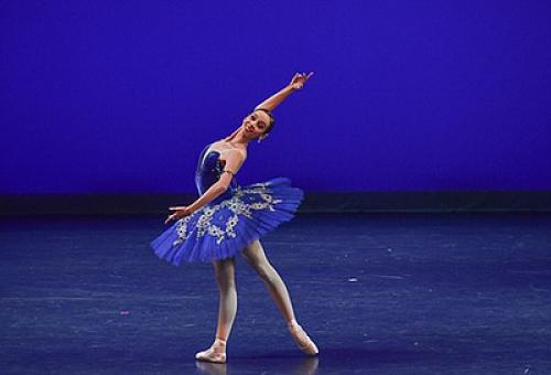 Berasal dari keluarga tak mampu, ballerina cilik Indonesia jadi juara di Amerika