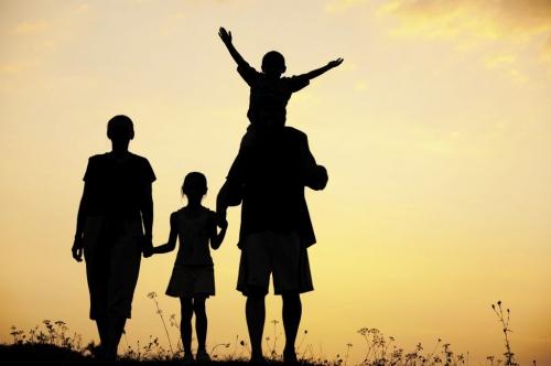 Mengapa Orang Tua Perlu Belajar Parenting