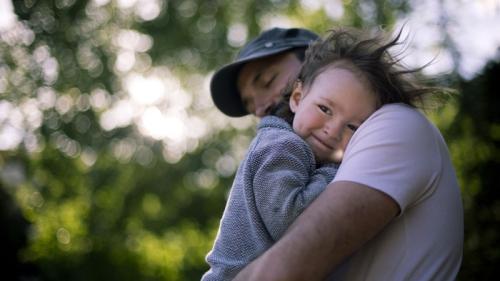 Peran Keluarga Dalam Mengembangkan Emosi Anak