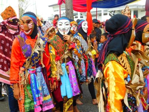Sekura, Pesta Topeng Khas Lampung di Hari Raya